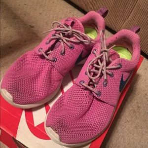 Pink Nike Roshe Runs